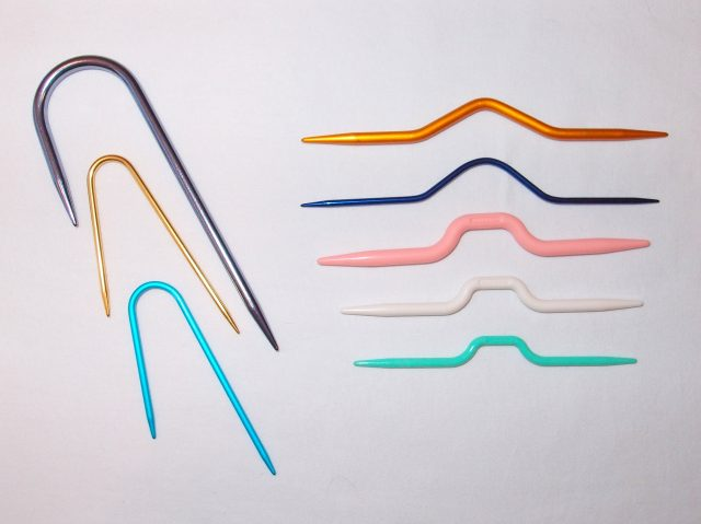 Cable Knitting Needles. https://www.itchinforsomestitchin.com
