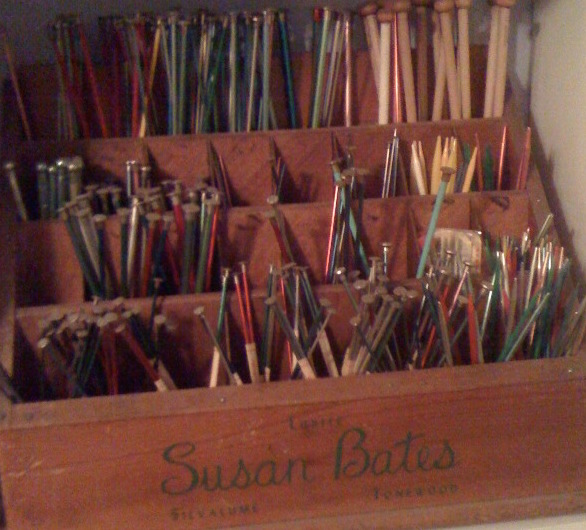 Knitting Needles. https://www.itchinforsomestitchin.com