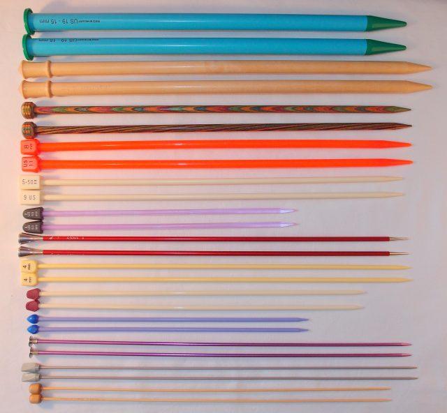 Straight Knitting Needles. https://www.itchinforsomestitchin.com