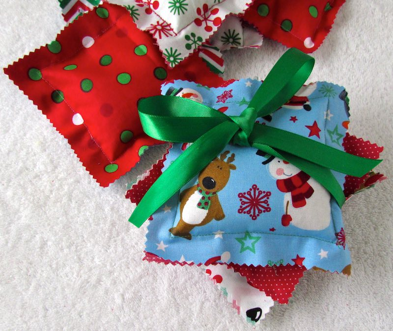 Scented Sachets by www.itchinforsomestitchin.com