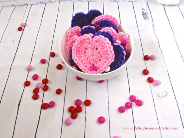 Crochet Hearts in bowl by itchinforsomestitchin.com