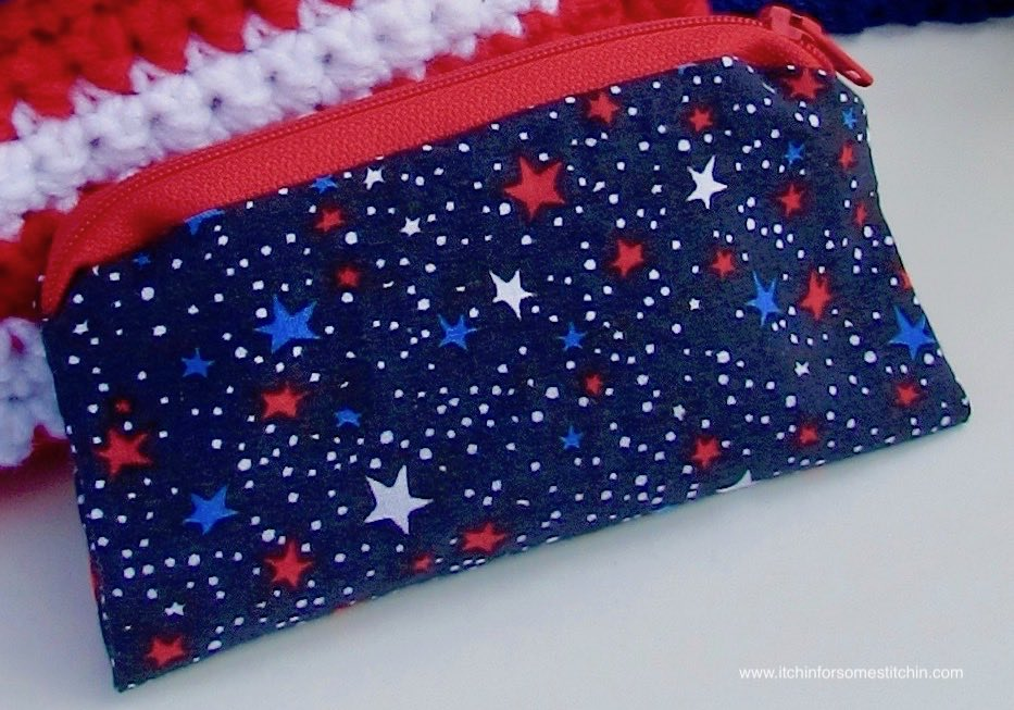 Red, White, and Blue Zipper Pouch and Crochet 4th of July Purse by www.itchinforsomestitchin.com