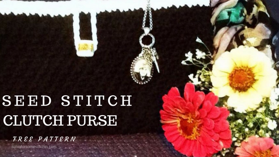 Seed Stitch Clutch Purse Pattern by itchinforsomestitchin.com