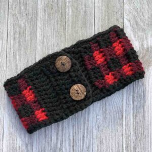 Simply Chic Plaid Ear Warmer by www.itchinforsomestitchin.com