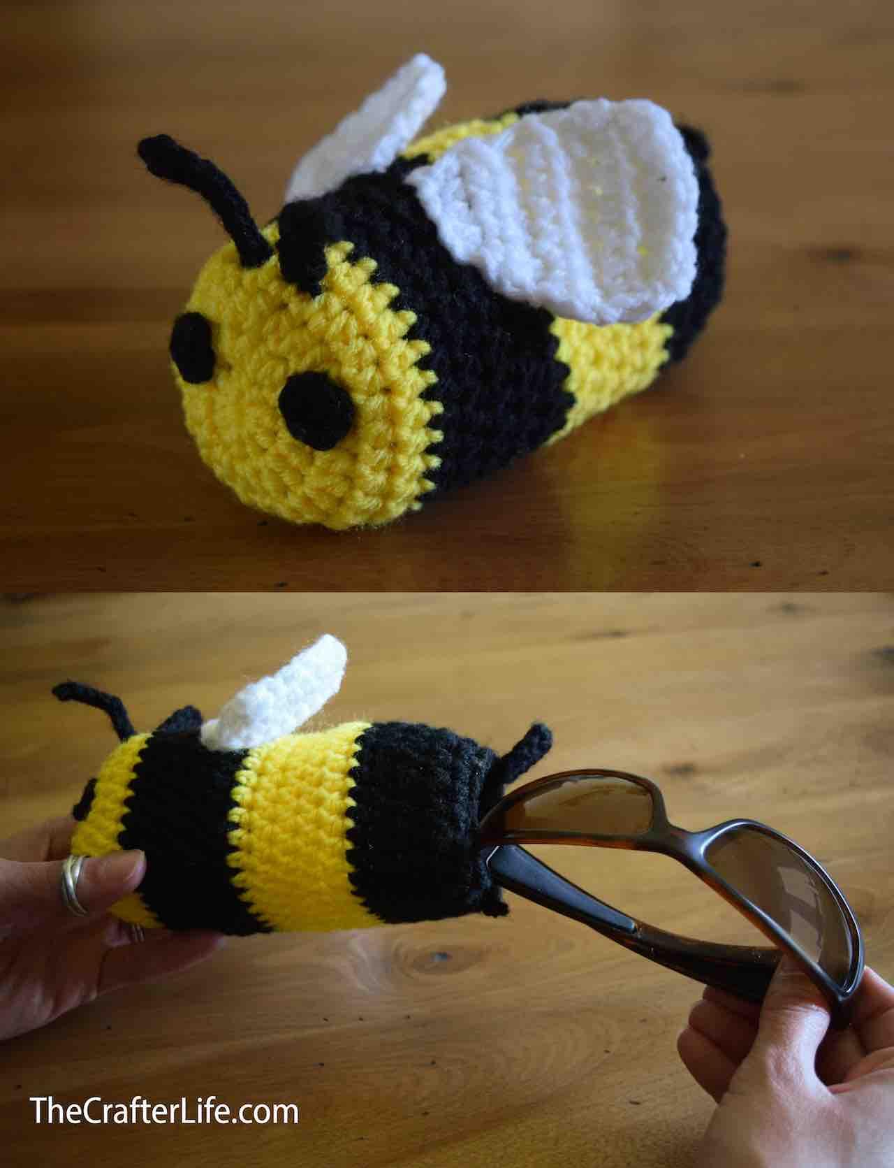 Bee Sunglasses Drawstring Bag by Chelsea Roberts via www.itchinforsomestitchin.com