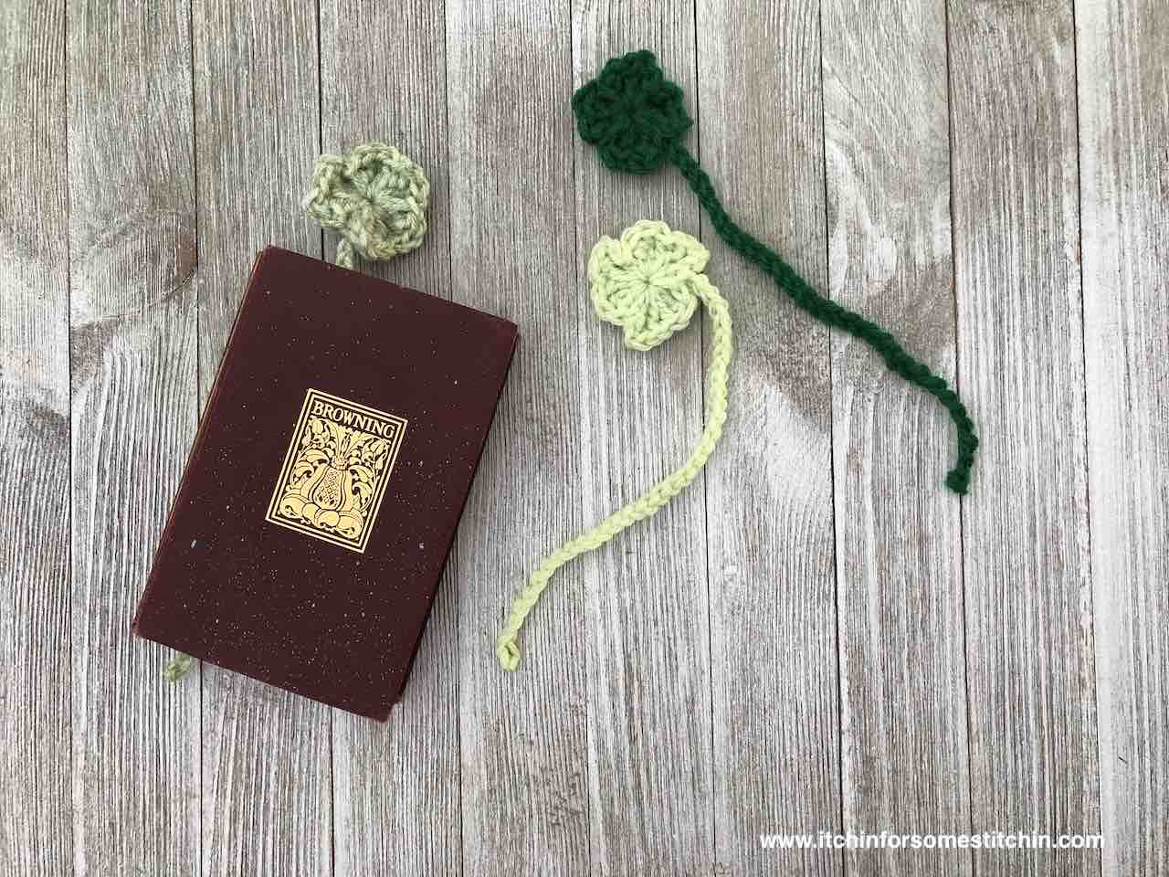 Shamrock Bookmark Pattern by itchinforsomestitchin.com