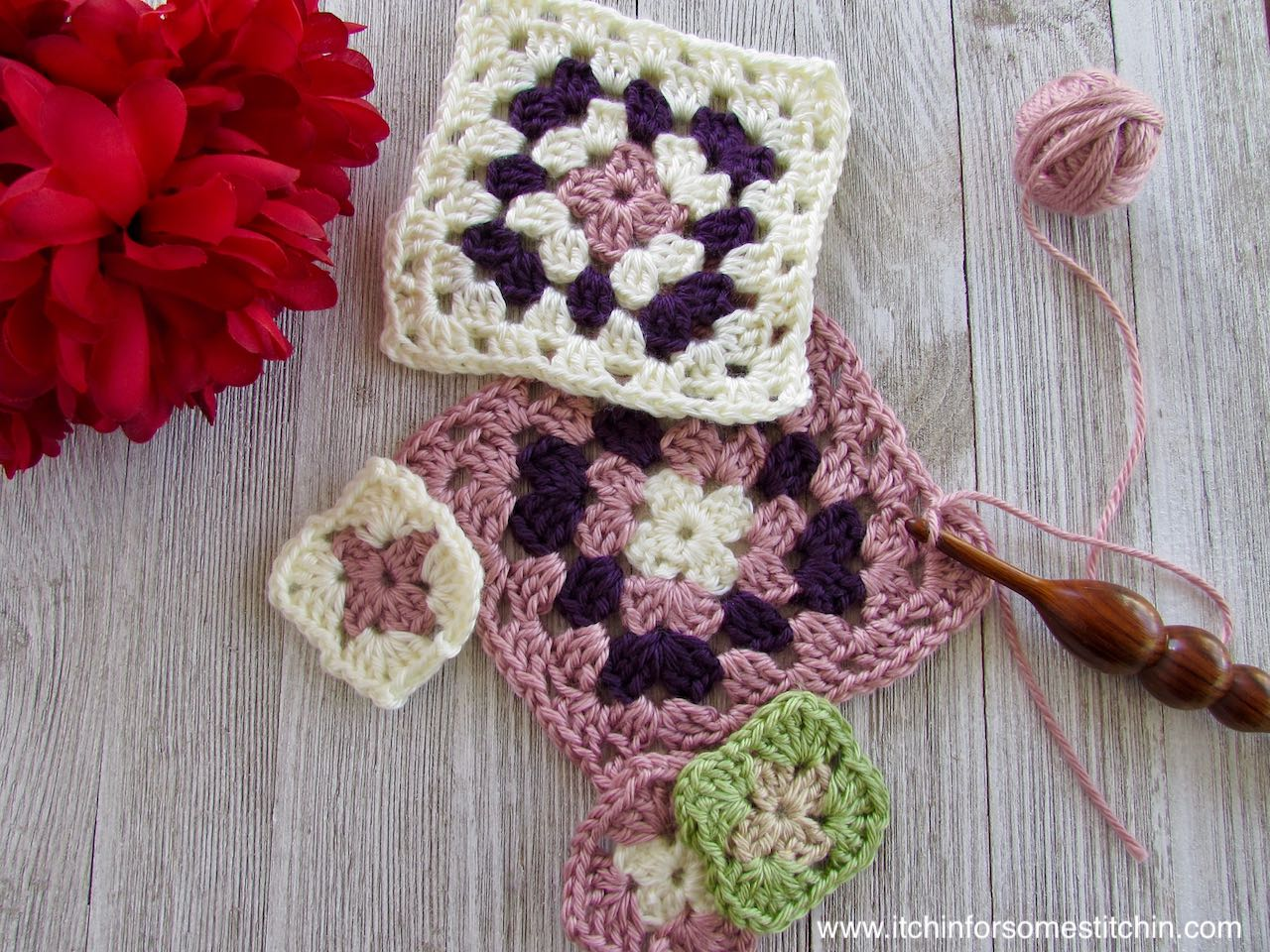 How to Crochet a granny square by itchinforsomestitchin.com