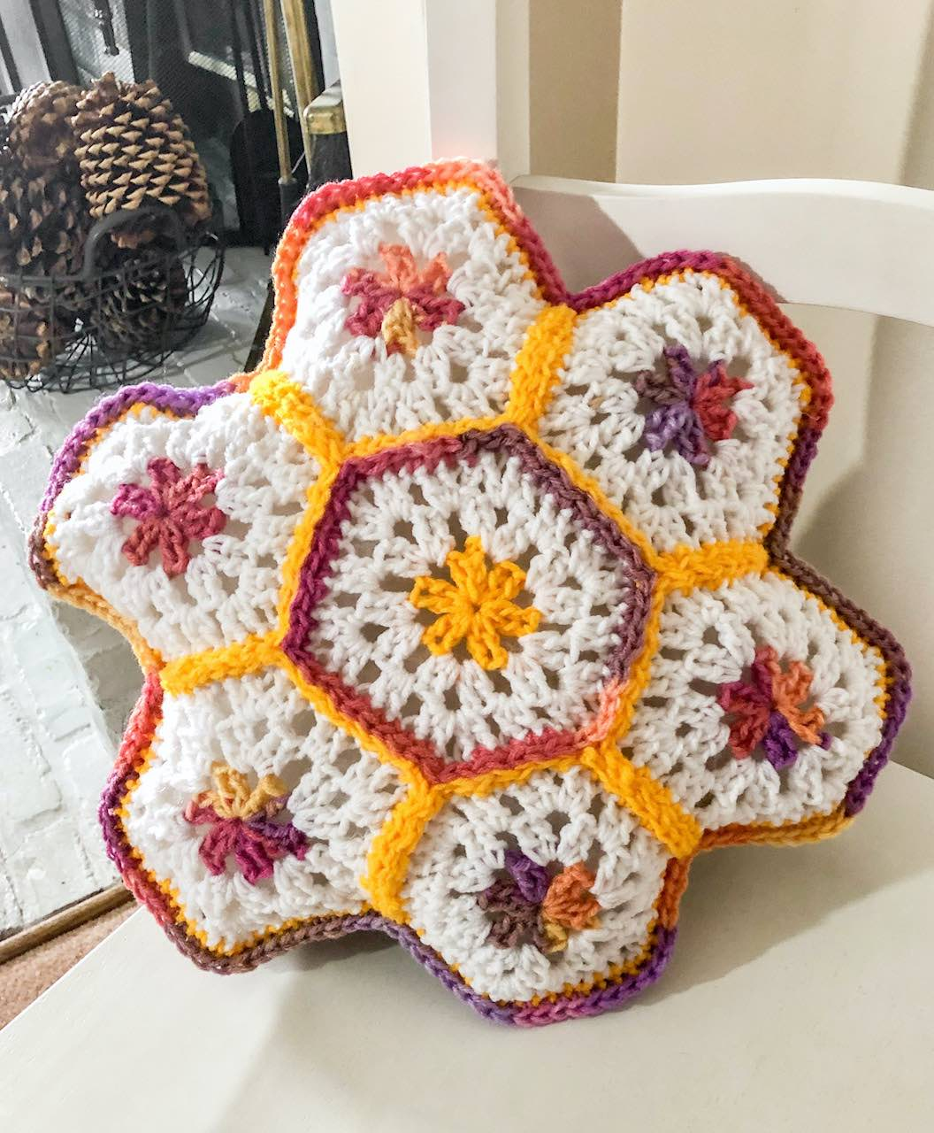 Crochet Granny Hexagon Pillow by itchinforsomestitchin.com