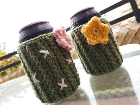crochet cozzy cactus cans