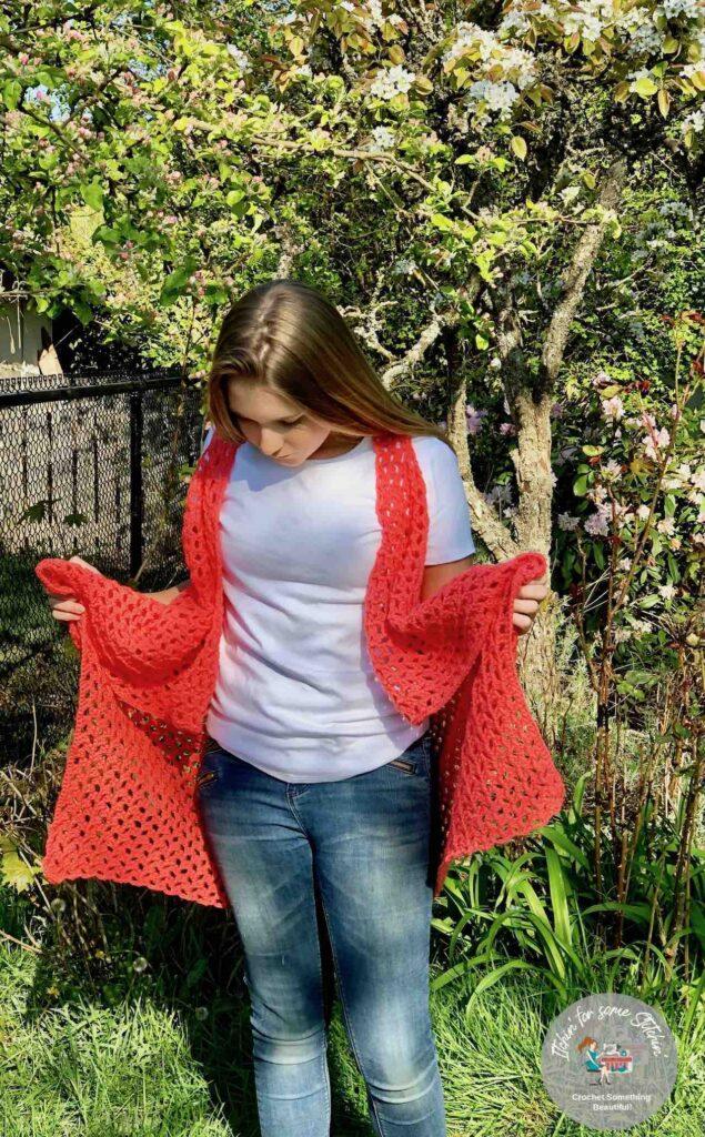 Cardigan PDF crochet pattern by itchinforsomestitchin.com