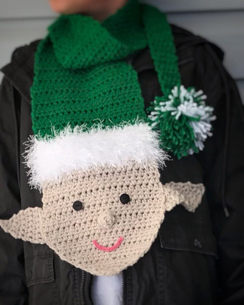 crochet cheeky elf scarf