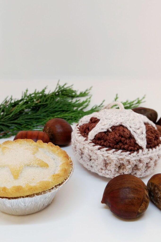 crochet mince pie bauble