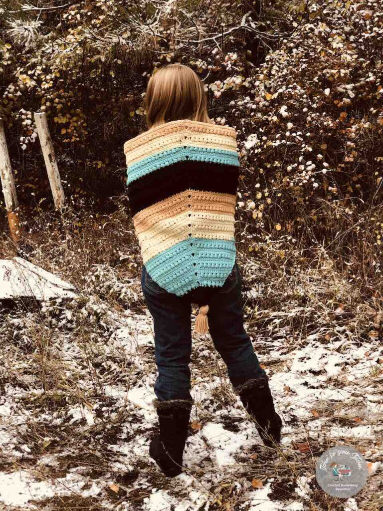 Crochet Bead Stitch Shawl pattern by https://itchinforsomestitchin.com