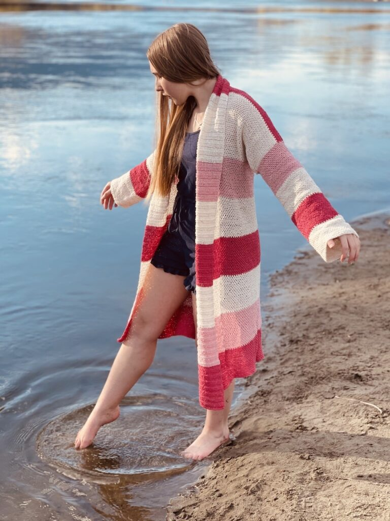 The Lyndie Summer Cardi by Itchin' for some Stitchin'